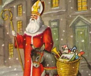 Od Svetog Nikole do Deda Mraza...