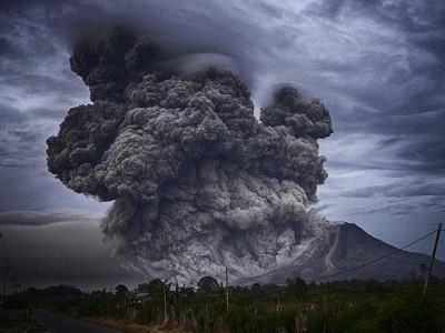 Jedini kontinent na kome nema aktivnih vulkana je...