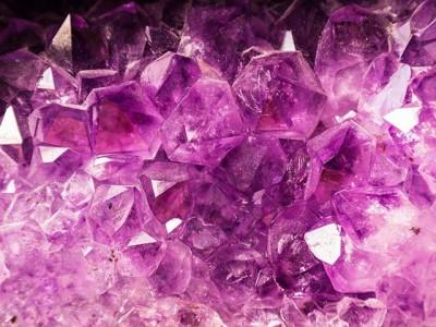 Šta mislite, da li svaki mineral može da se  koristi za izradu nakita?