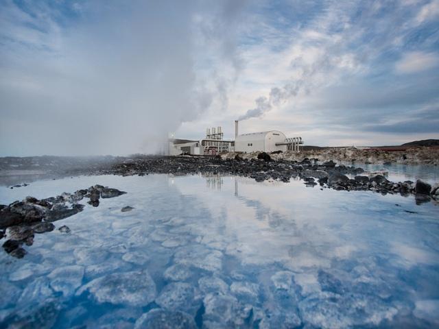 Alternativni izvori energije. I deo - Geotermalna energija, energija vrele zemljine unutrašnjosti