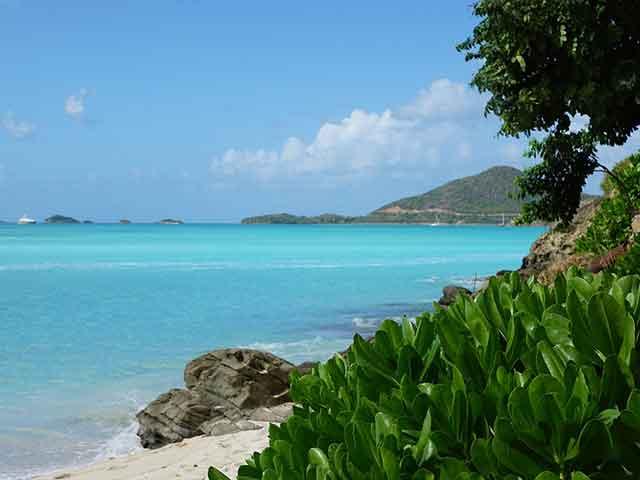 Antigva i Barbuda, komadć tropskog raja