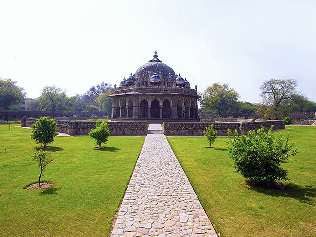 Nju Delhi, dva sveta u jednom gradu