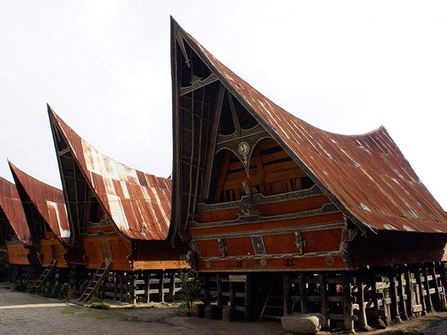 Samosir - Ostrvo Mrtvih u prelepoj prirodi Sumatre