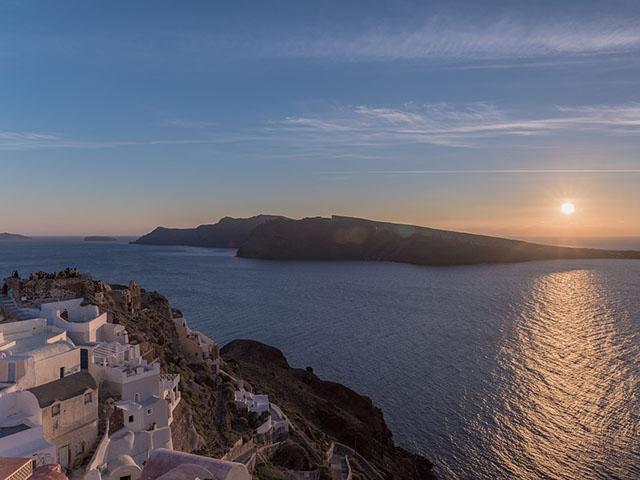 Santorini, biser Egeja