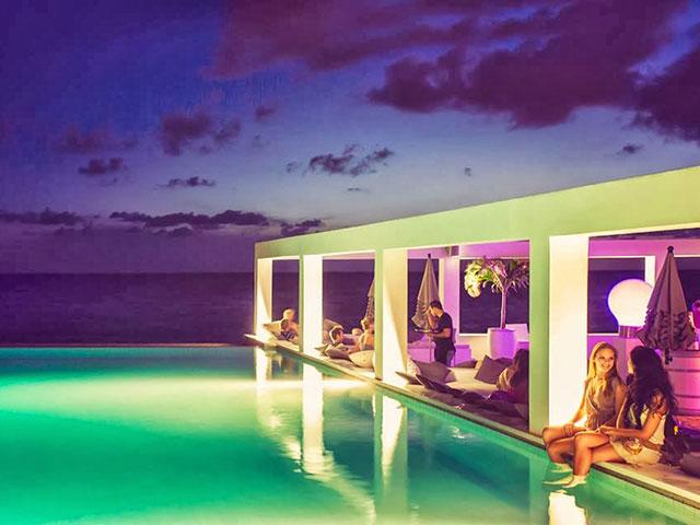 Sen Trope, sveti grad za hrišćane i centar luksuznog turizma