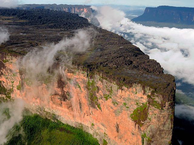 Tepui, izgubljeni svetovi nad Venecuelom