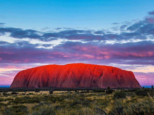 Uluru, najveći monolit na svetu i najveće svetilište Aboridžina