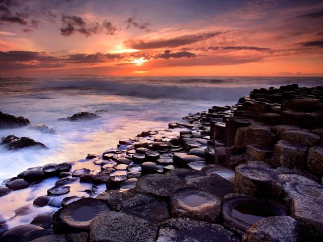 Upoznajte Stazu Džinova na granici kopna i mora i legende i stvarnosti