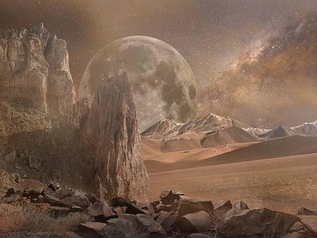 Najviša planina na Marsu visoka je...