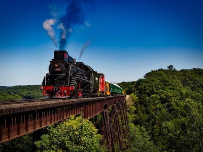 Preko koliko mostova prelazi transibirska železnica?