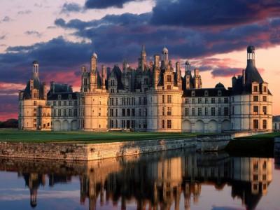 Francuska bašta  tj. Dvorci u dolini Loare