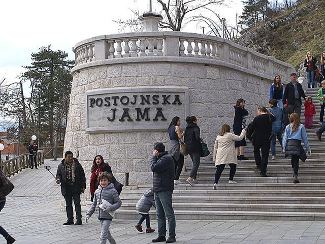 """Postojnska jama, najveće podzemno blago """"stare"""" Jugoslavije"""