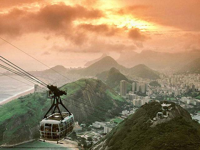 Rio de Ženeiro, grad sambe, karnevala i prelepog prirodnog ambijenta