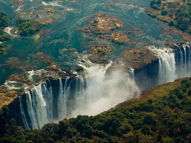 Viktorijini vodopadi, dim koji grmi